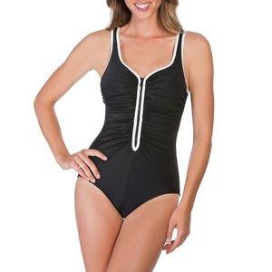 Other - Reebok Women's Zig Zag One Piece Swimsuit Size 14